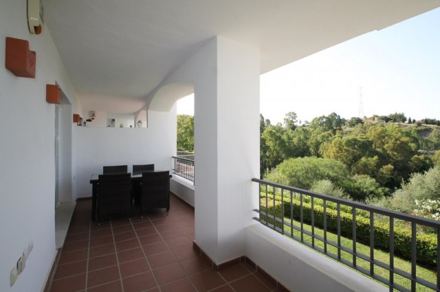 Modern Apartment for Sale in Los Arqueros, Benahavis