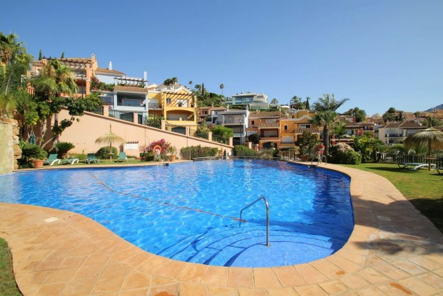 Spacious Townhouse for Sale in Nueva Andalucia, Marbella