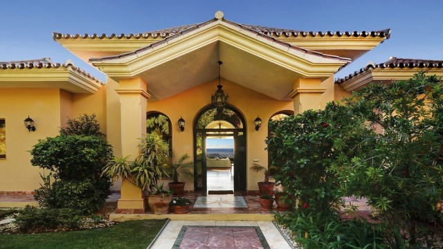 Spacious Villa for Sale in Marbella, Costa del Sol