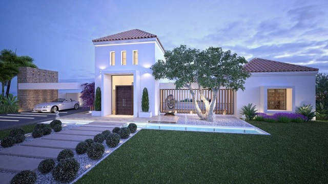 Luxury Villa for Sale in New Golden Mile, Estepona