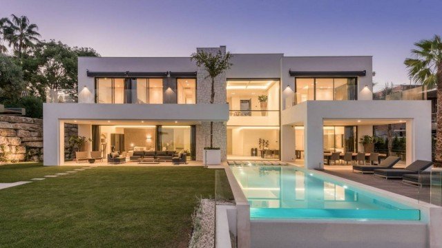 Luxury Villa for Sale in Benahavis, Costa del Sol