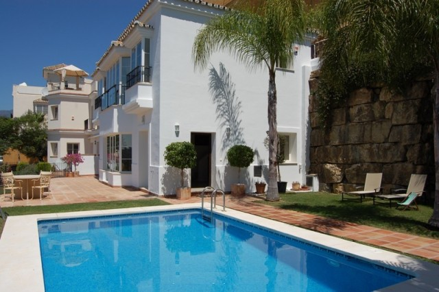 Modern Villa for Sale in Sierra Blanca, Marbella