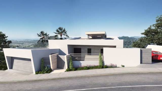 Contemporary Villa for Sale in Los Arqueros, Benahavis