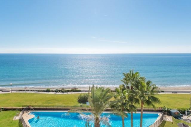 Frontline Beach Apartment in New Golden Mile, Estepona
