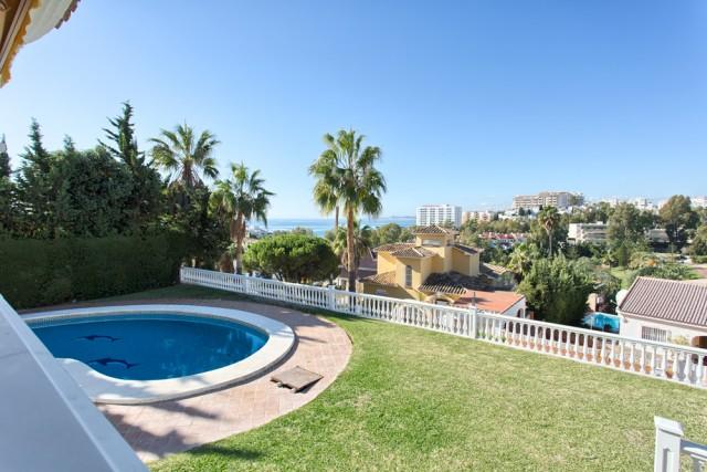 Lovely Villa for Sale in Torrequebrada, Benalmadena