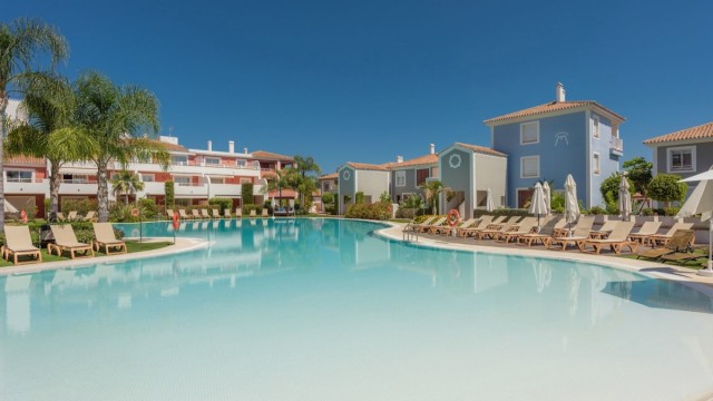 Top Quality Apartment for Sale in New Golden Mile, Estepona