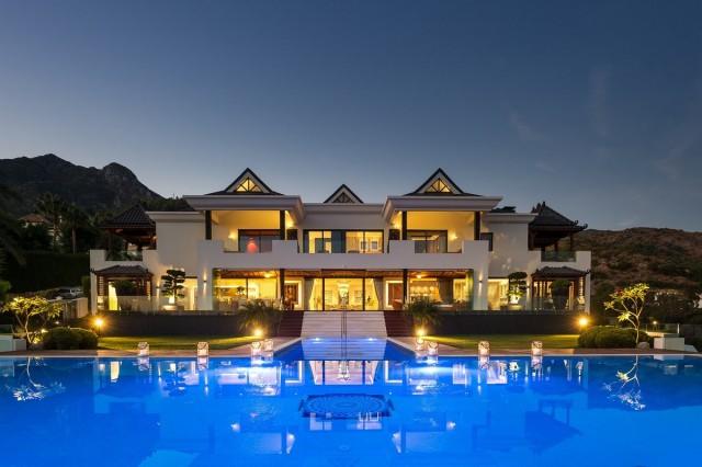 Modern Luxury Villa for Sale in Marbella, Costa del Sol