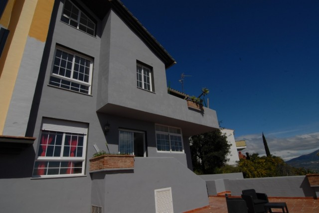 Reformed Townhouse for Sale in La Mairena, Marbella