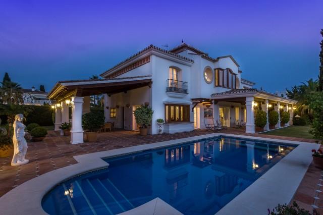 Villa te Koop in Marbella East