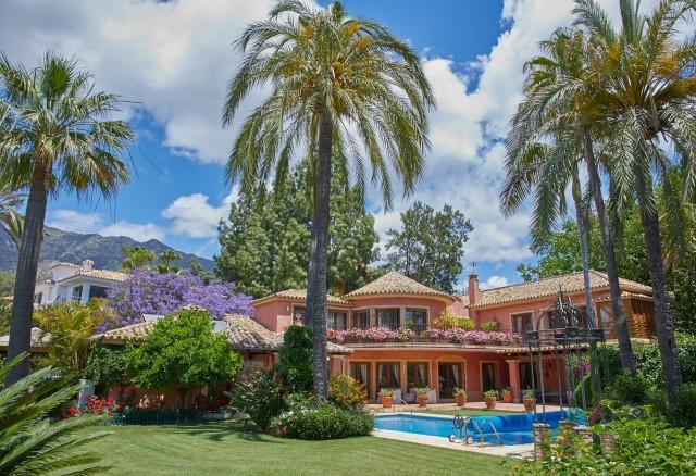 Villa te Koop in Nagüeles