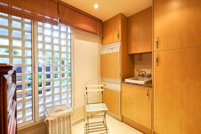 Kitchen (3) (Large)