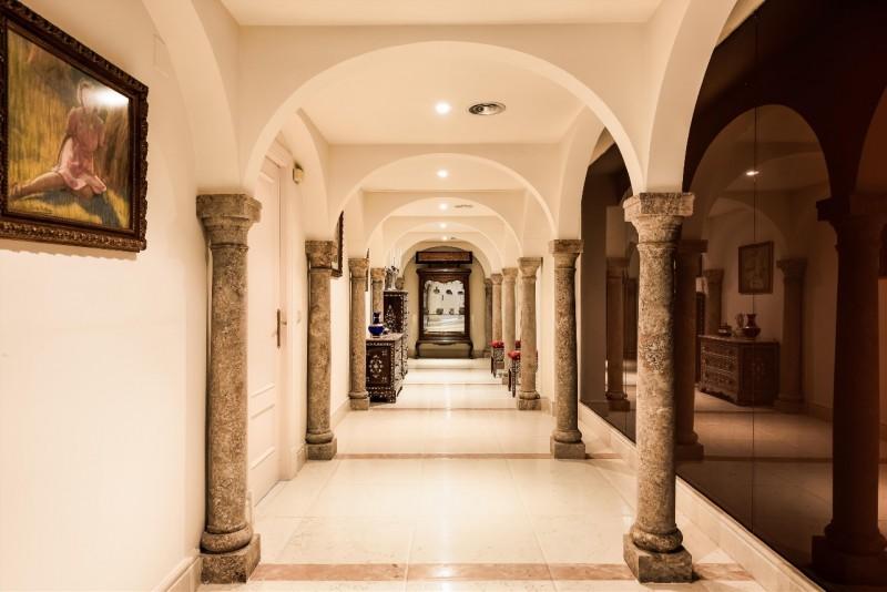 Corridor (1)