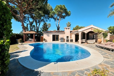 781562 - Detached Villa For sale in Elviria, Marbella, Málaga, Spain