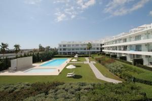 Garden Apartment for sale in New Golden Mile, Estepona, Málaga, Spain
