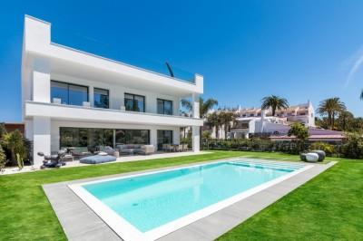 788512 - Detached Villa For sale in Nueva Andalucía, Marbella, Málaga, Spain