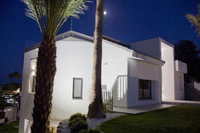 Villa by night (5)