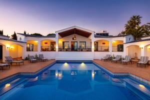 Detached Villa For sale in Benahavís, Málaga, Spain