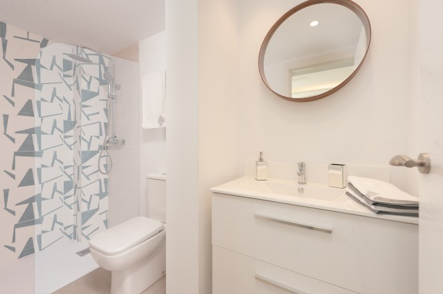 Bathroom reformed (2)