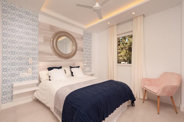 Bedroom reformed (4)