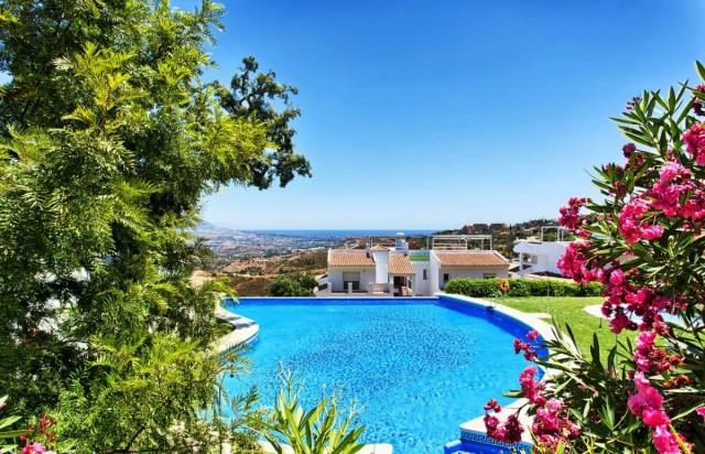 Wohnung zu verkaufen auf Marbella East, Marbella, Málaga, Spanien
