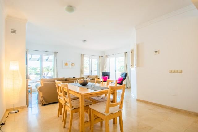 lounge dining room  (2)
