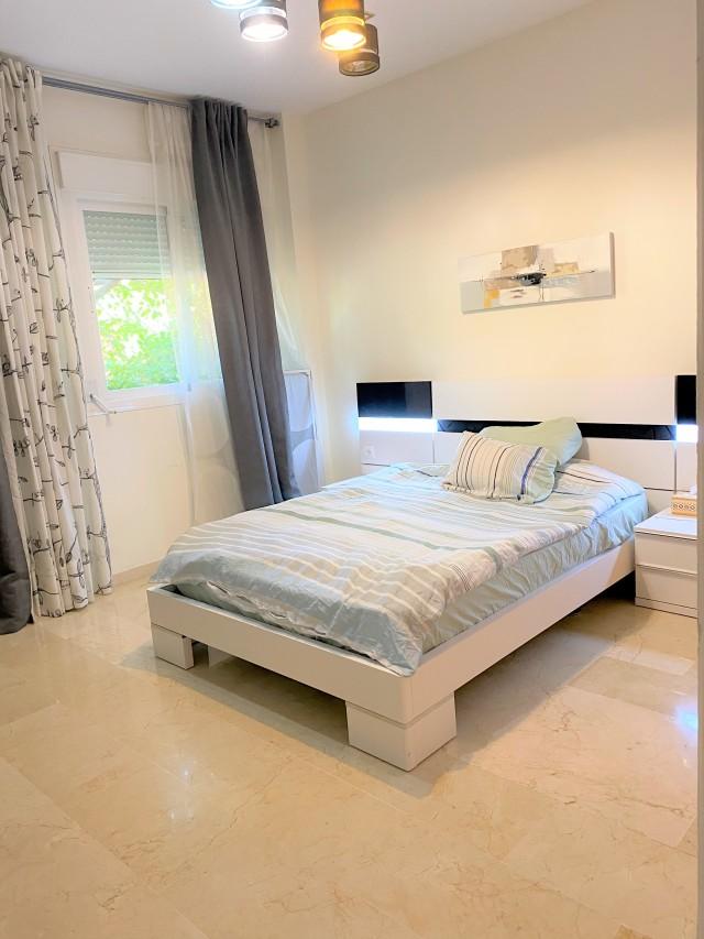 Guest bedroom 3 (1)