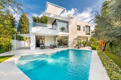 805256 - Detached Villa For sale in Golden Mile, Marbella, Málaga, Spain