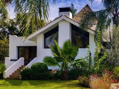 806912 - Detached Villa For sale in El Rosario, Marbella, Málaga, Spain