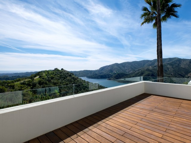 Upstairs terrace (1)