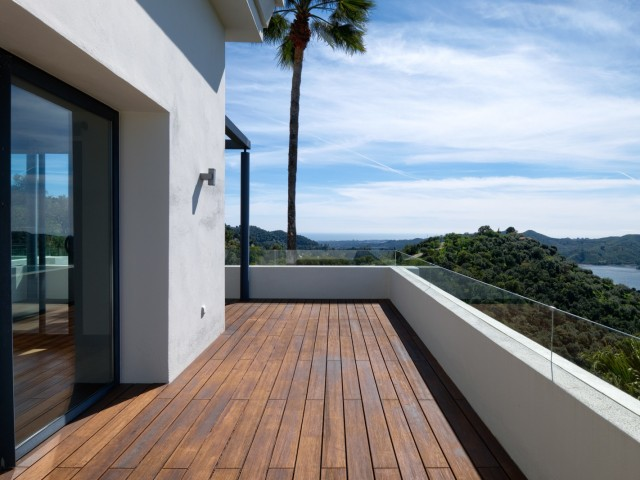 Upstairs terrace (2)