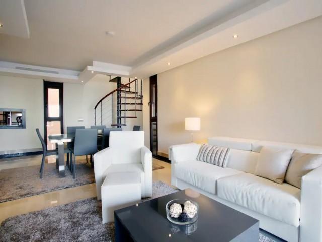 Lounge dining room  (1)
