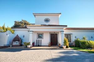 Detached Villa Sprzedaż Nieruchomości w Hiszpanii in Sotogrande, San Roque, Cádiz, Hiszpania