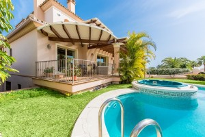 Outstanding family home with fantastic views in Las Chapas Playa