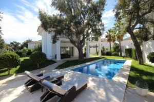 Luxurious villa on the hill in Elviria Alta, Monte Elviria, La Mairena