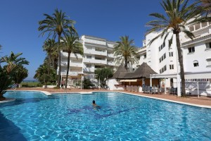 Charming two bedroom apartment in a front line beach complex in Marbesa, East Marbella.