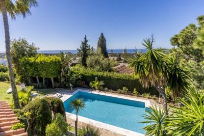 782949 - Detached Villa For sale in Elviria, Marbella, Málaga, Spain