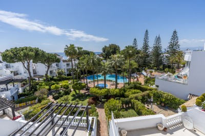 783029 - Apartment For sale in Elviria Playa, Marbella, Málaga, Spain