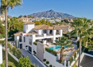 804979 - Villa For sale in Nueva Andalucía, Marbella, Málaga, Spain