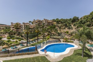 Penthouse in La Mairena, El Vicario III, with stunning sea views