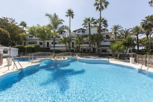 Beautiful two bedroom apartment on the beachside of Elviria in the complex Golden Beach, East Marbella