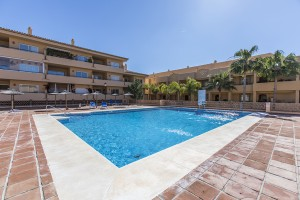 Apartment with one bedroom by the Santa Maria golf course in Elviria.