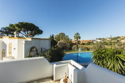 777993 - Townhouse For sale in Artola Baja, Marbella, Málaga, Spain