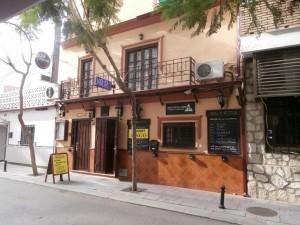 673098 - Bar for sale in Fuengirola, Málaga, Spain