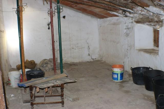 upstairs room 1