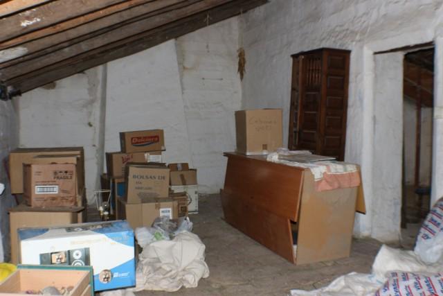 upstairs room 2