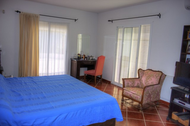 bedroom 1 (owners)