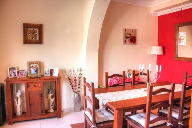 dining room / bedroom 4
