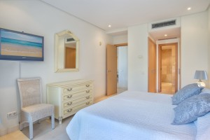 C2020_11 Master Bedroom