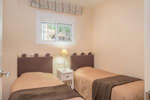 M614_10 Bedroom 2