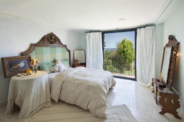 M440_15. master bedroom